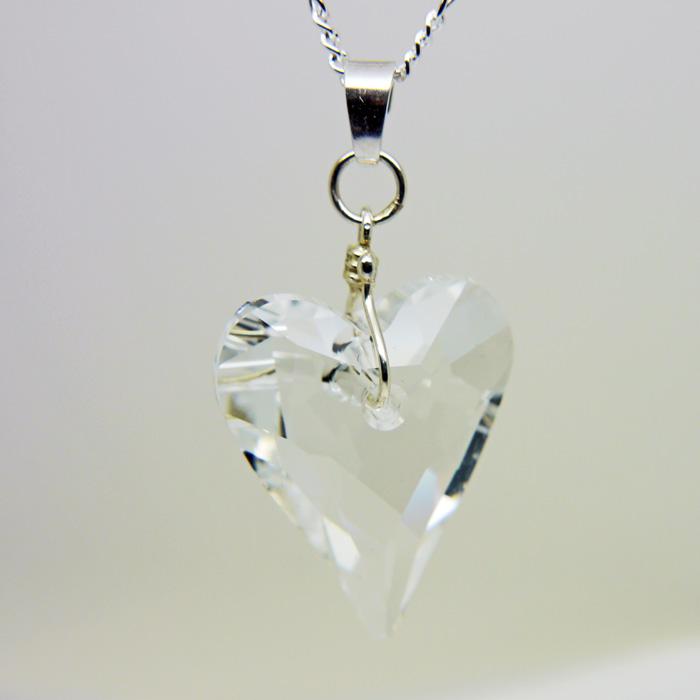 Swarovski crystal wheart pendant in clear crystal lea stationery swarovski crystal wheart pendant in clear crystal aloadofball Gallery